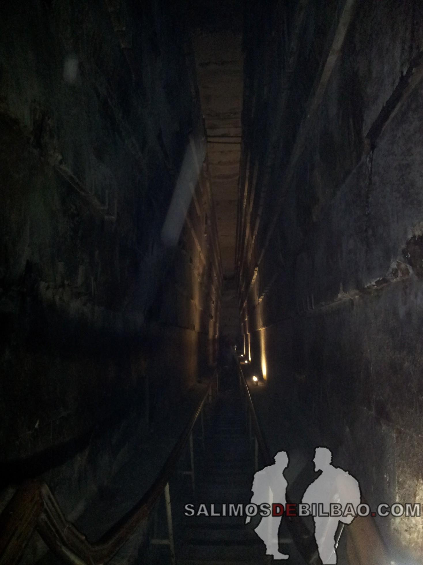 0154. Interior de la Pirámide de Keops