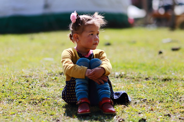 Child at yurt, Canon EOS 6D, Canon EF 100mm f/2 USM