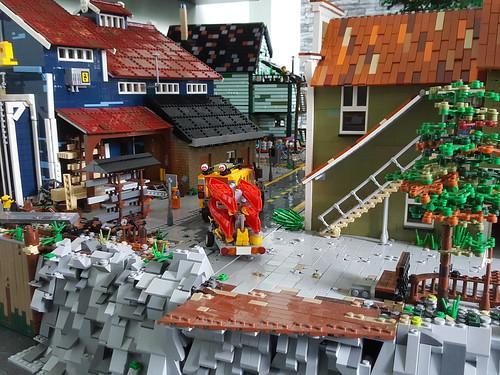 Getting Brickton harbour ready for Legoworld Utrecht.