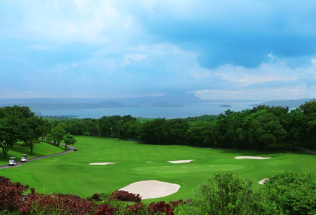 tagaytay city golf course