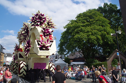 Flower trailer