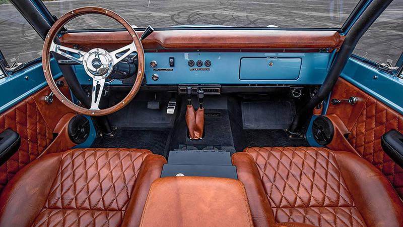 1973-ford-bronco-restomod-by-velocity-restorations (3)