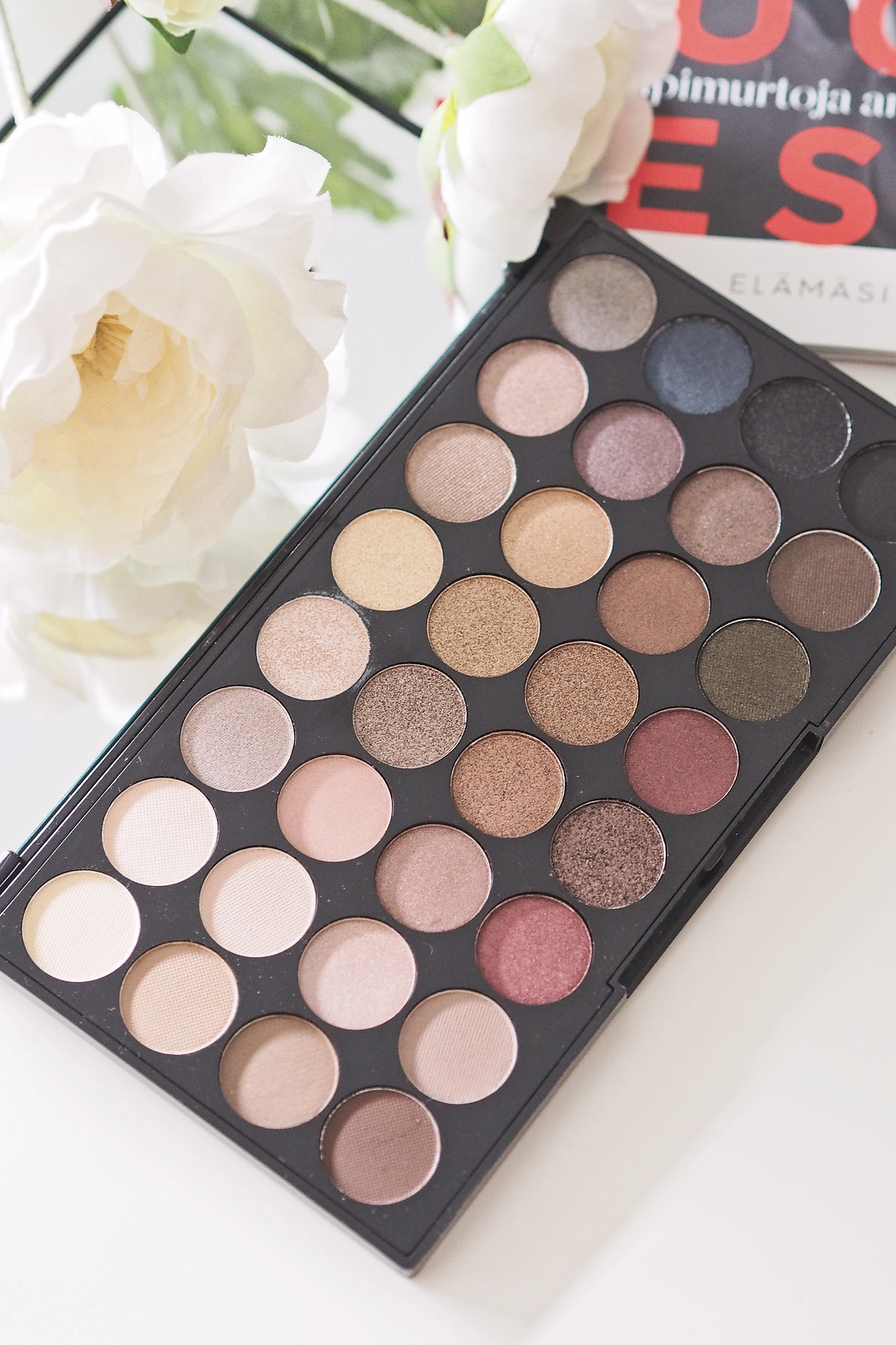 makeup revolution ultra eyeshadows flawless