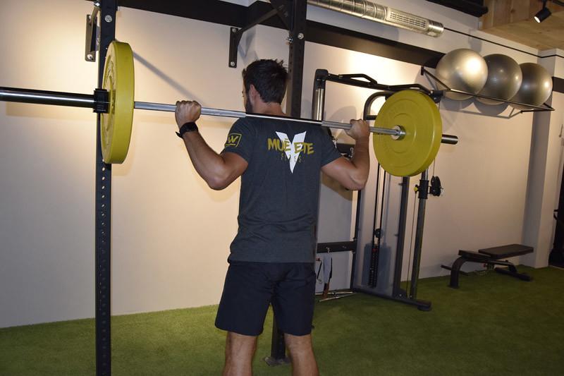 muevete-fitness-bilbao-pesas-amarillas