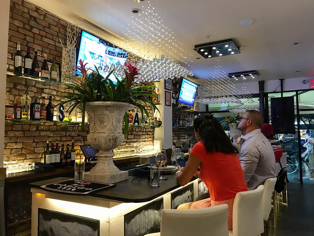 Sall Restaurant and Lounge (15)