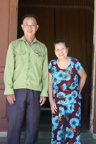 Portrait of Mr. Le Van Dung and Ms. Dang Thi Miet