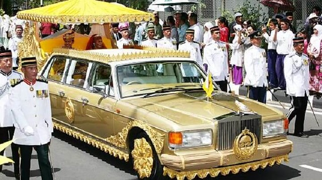 3815 How rich is the Sultan of Brunei The richest monarch in the World 04