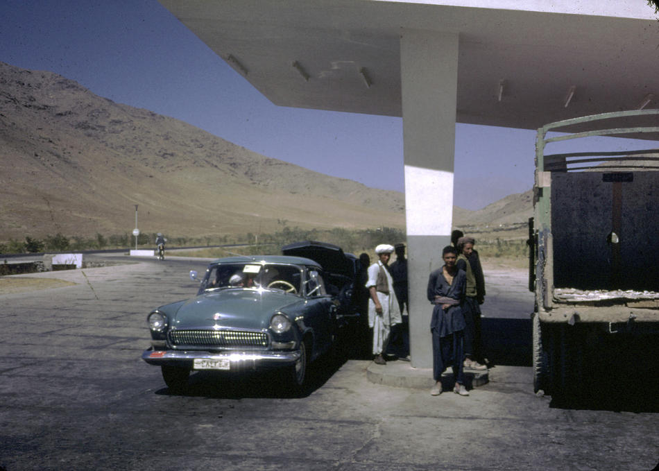 Color Photos of Afghanistan in The 1960s by Bill Podlich (36)