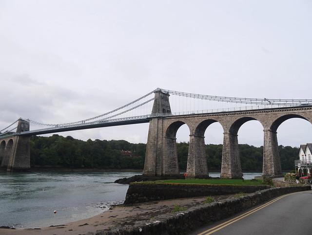 Menai Suspension Bridge up, Panasonic DMC-GF7, LUMIX G VARIO 14-42mm F3.5-5.6