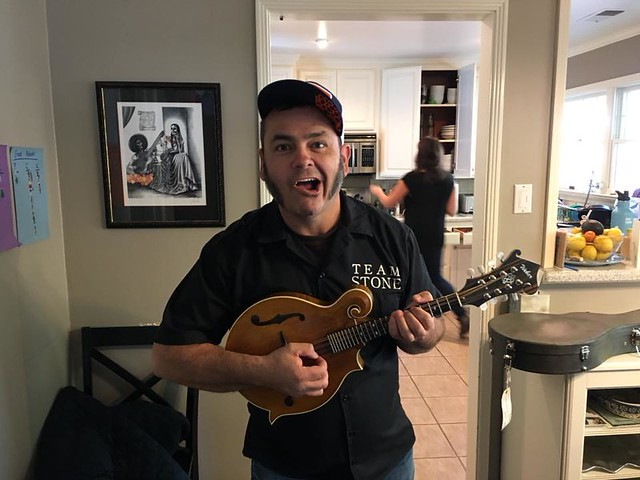 Steve-gonzalez-guitar