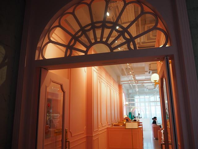 P6168289 STYLENANDA(スタイルナンダ) pink pool cafe(ピンクプールカフェ) 핑크풀카페 弘大 ソウルカフェ ひめごと