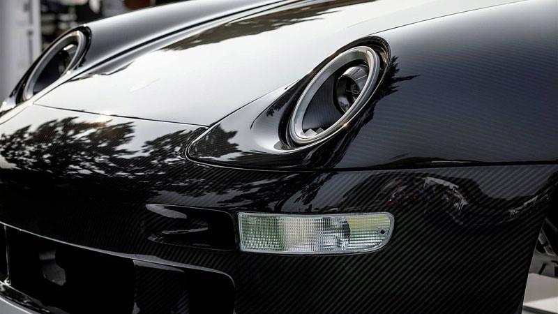 gunther-werks-porsche-911-993-carbon-fiber-body (3)