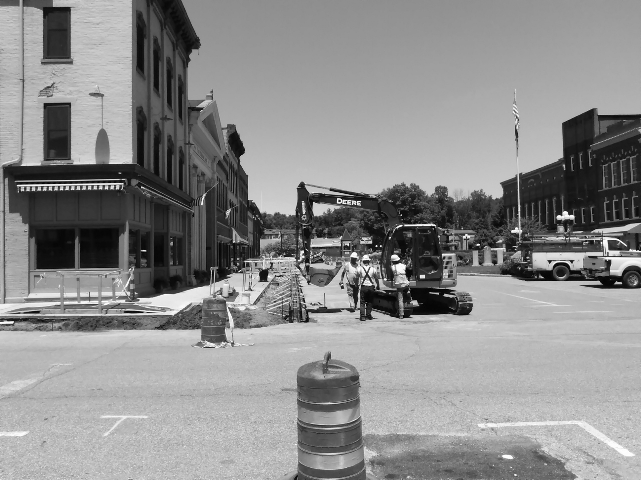 People at Work BW 6-14-2018 1-39-04 PM