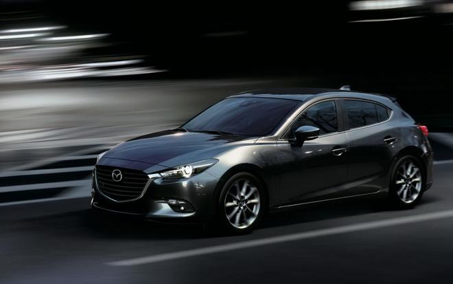圖一:2019年式Mazda3以建議售價新台幣78.9萬元起展開接單,除了將車型調整為「尊榮進化版」及「尊榮安全版」兩車型,更分別增加總價值五萬元的多項優質備配。