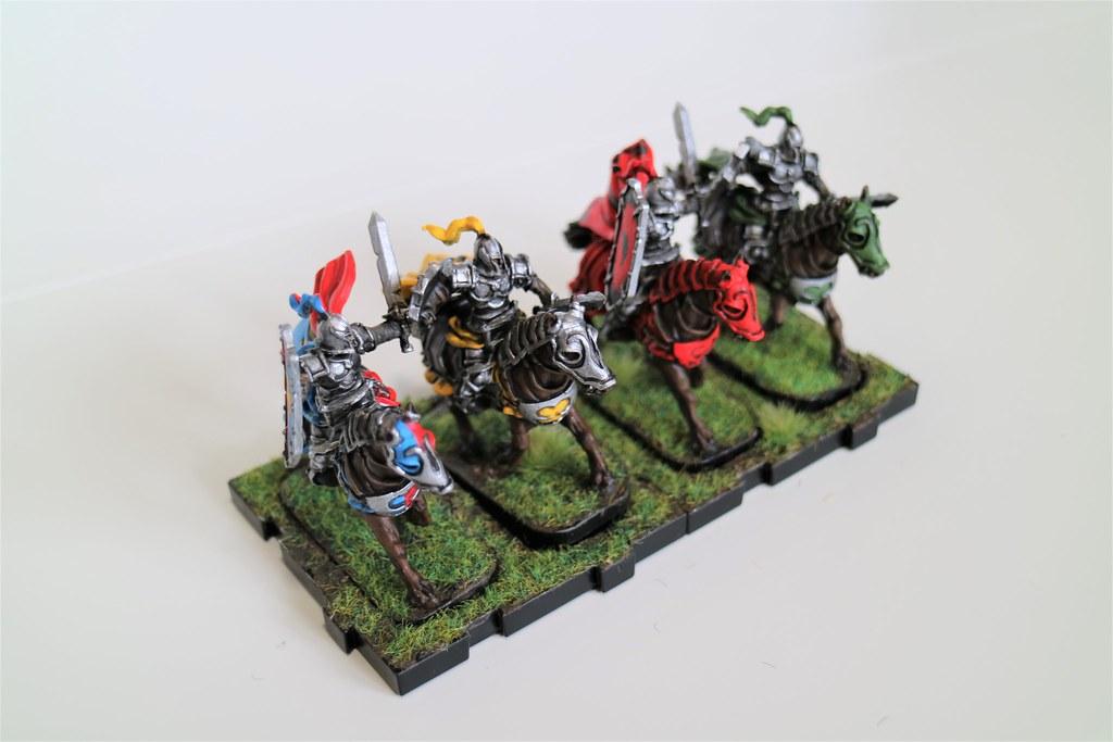 Runewars Miniatures Oathsworn Cavalry Bright Front