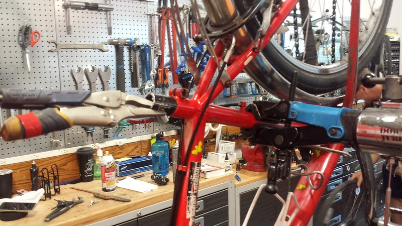 Seatpost extraction in progress