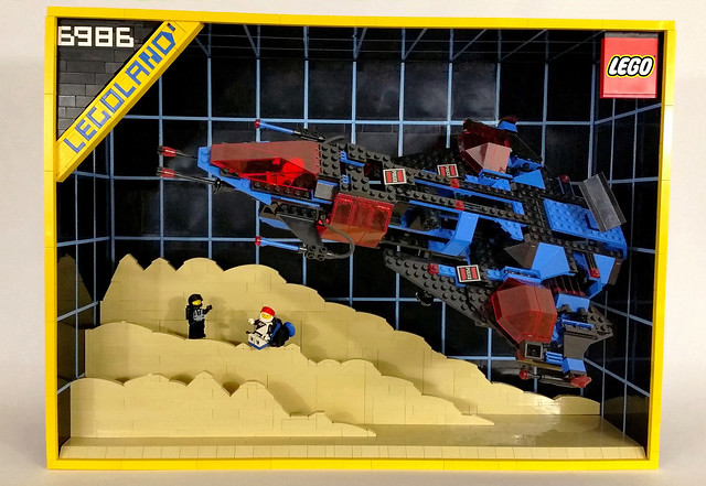 LEGO 6986 Space Police box art brick-built