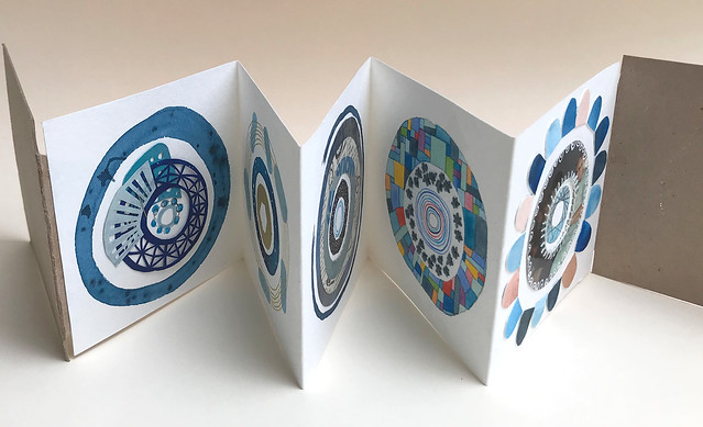 Mini Circle Series Little Art Book
