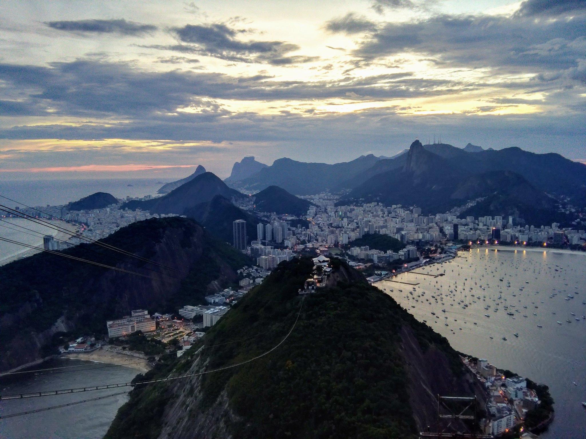 A darkening Rio from Pão do Açucar