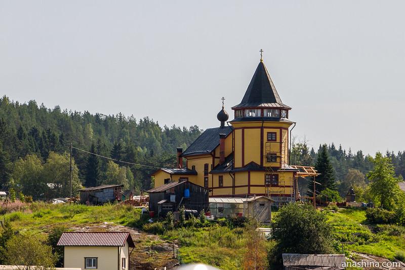 Церковь Николая Чудотворца на острове Риеккалансаари, Ладожское озеро