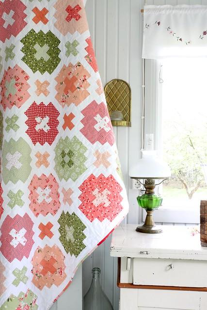 Summer Blush quilt