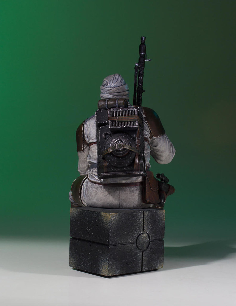 Gentle Giant Collector's Gallery 星際大戰【丹格】Dengar 1/8 比例全身雕像作品