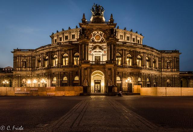 Semperoper Dresden zur blauen, RICOH PENTAX KP, HD PENTAX-DA 15mm F4 ED AL Limited