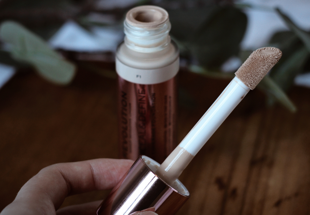 makeup revolution concealer kokemuksia