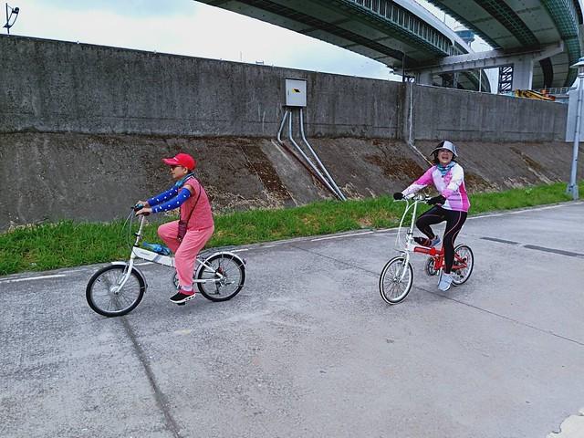 延平北路五段,關渡騎自行車 (26)