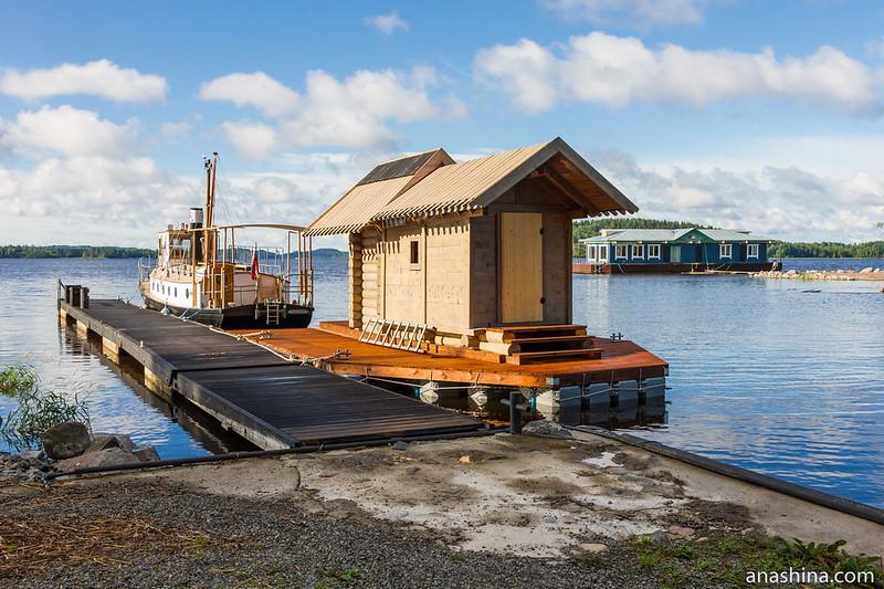 Причал и судно, Ладожское озеро
