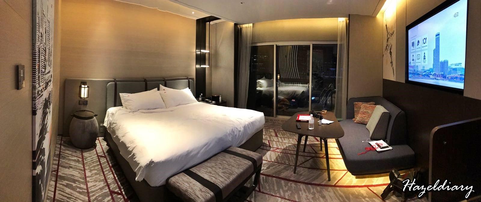 Swissotel the Stamford Hotel-Premier Room-4