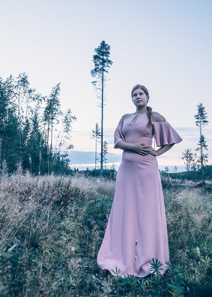 Ted Baker, maxidress, dusty pink, evening gown, cold-shoulder dress, maxi dress light pink, styleblogger