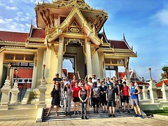 Gorgeously cool but sunny :sunny: morning for another lovely #bangkok #urbanhike! Thanks @guentheralex for taking us on another fun adventure through #chinatown!