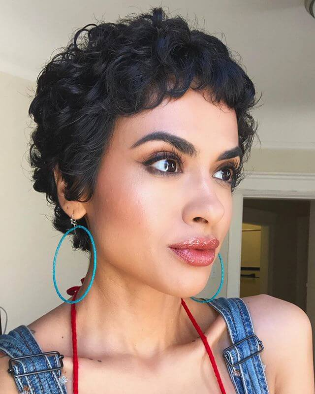 Best Bold Curly Pixie Haircut 2019- 50 Hairstyle Inspirations 25