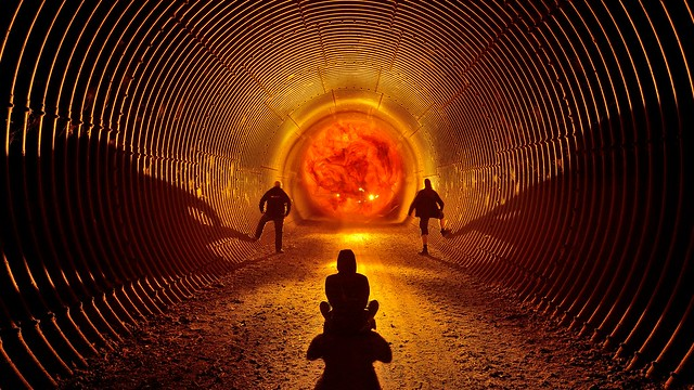 Tunnel singularity