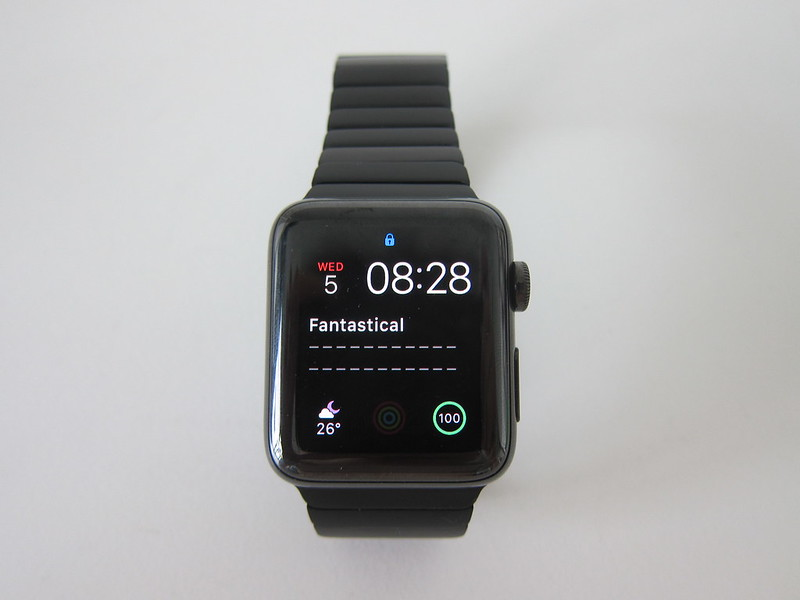 OULUOQI Replica Link Bracelet - With Apple Watch - Front