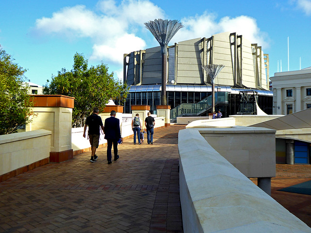 The Micheal Fowler accessway provides a connection between Central Wellington , the Micheal Fowler Centre and the Waterfront Walk