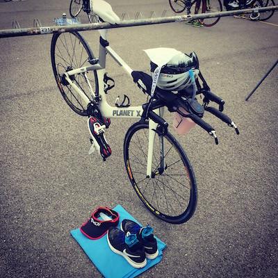 Dépose-vélo-triathlon