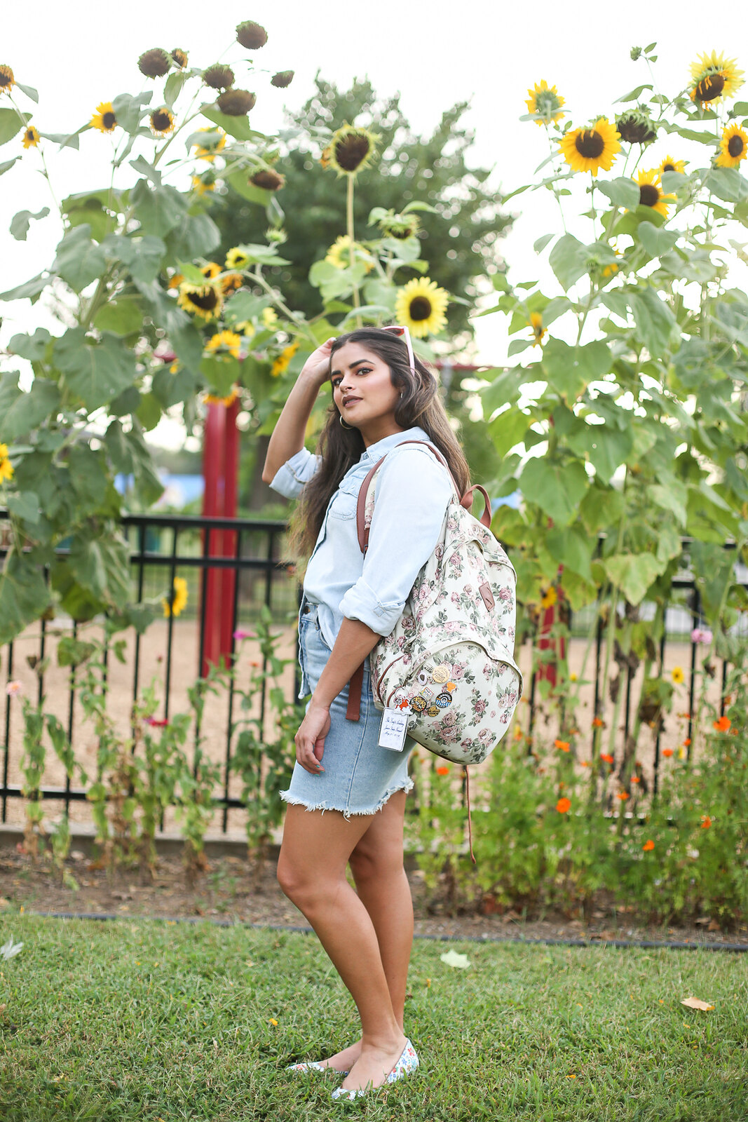 Priya the Blog, Nashville fashion blog, Nashville fashion blogger, Nashville style blog, Nashville style blogger, chambray Summer outfit, Sunflower tuxedo, Canadian tuxedo for Summer, Sunflower outfit shoot, denim on denim for Summer, floral backpack