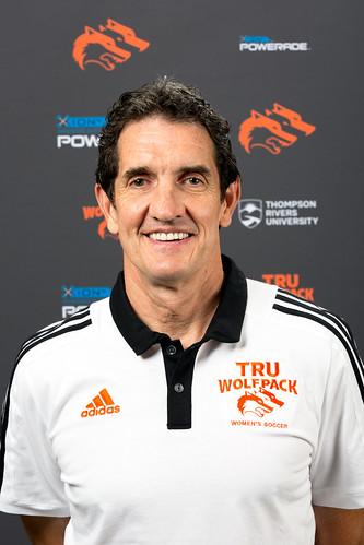 Kelly Shantz (head coach 18-19 Snucins)