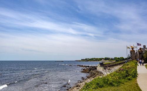 rhodeisland newport cliffwalk ocean