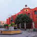Monumento al Danzante Conchero Chichimeca, en Queretaro, Mexico. por Alfredo Garza