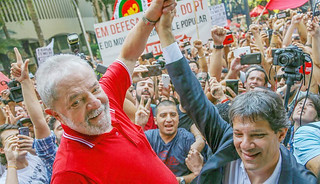 Archive photo of ex-president Lula (left) and Haddad, who was officially appointed as the Workers' Party presidential candidate this Tuesday - Créditos: Ricardo Stuckert