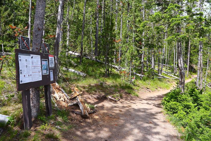IMG_8813 Monument Geyser Basin Trail