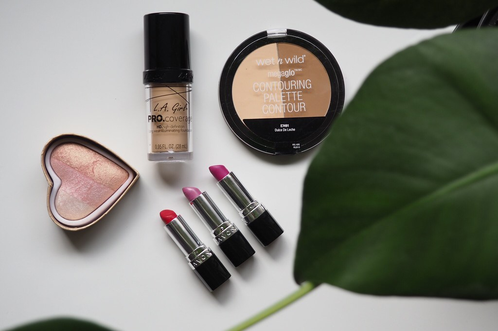 Päivittäiset meikkituotteet