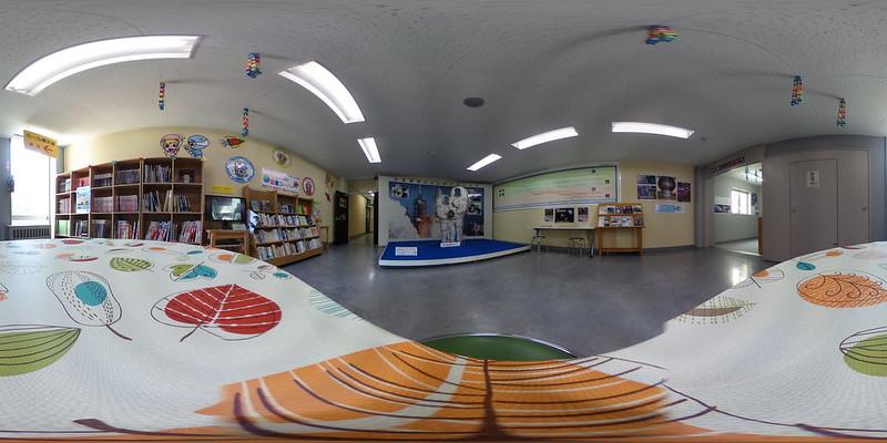 太空圖書室