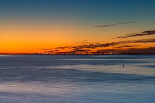 bridge bay longisland newyork greatsouthbay civiltwilight bluehour longexposure water clouds color rpg90901 sunrise robertmosescauseway summer canon 6d canonef70200mmf28lisiiusm canon70200f28lll lindenhurst venetianshores sky landscape 2016 september 0556
