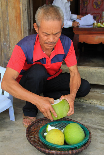 Mr. Thin offers us grapefruit