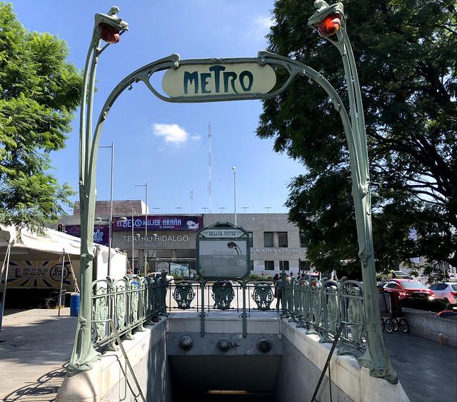 Alameda Central Metro Station