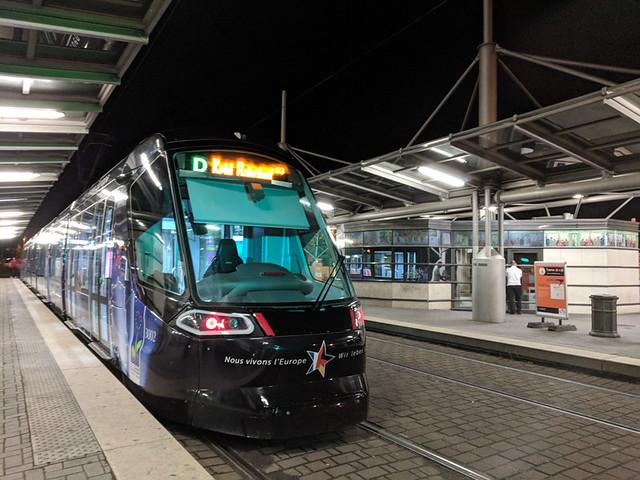 Strasbourg tram @ Rotunde